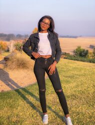 promotional model: Noneka S